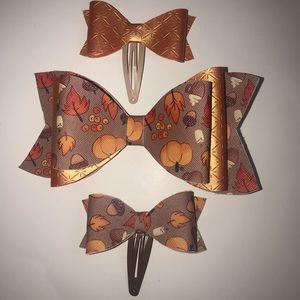 Other - Holiday hair bows